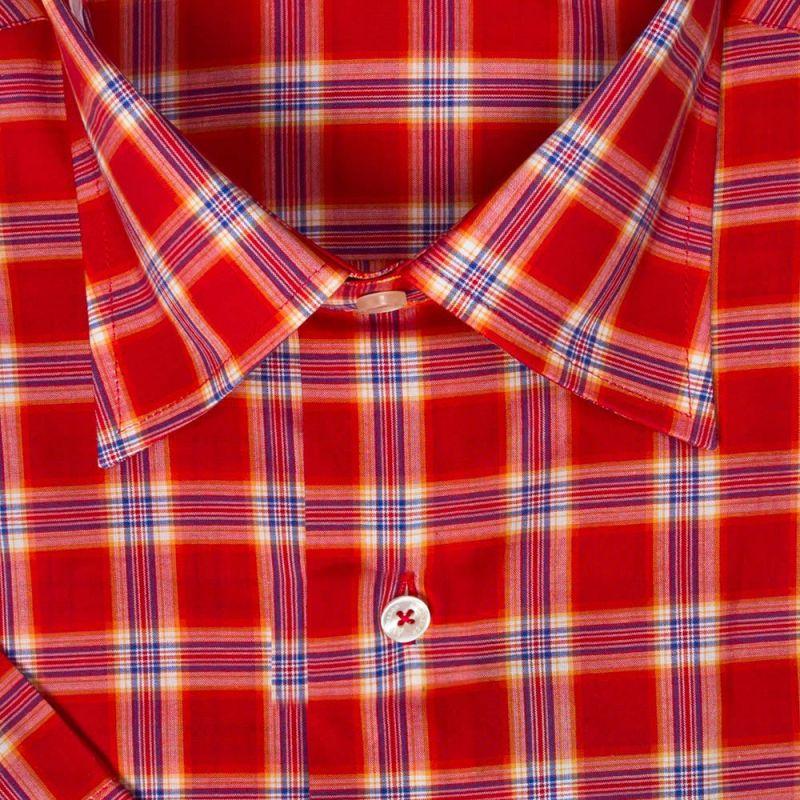 Рубашка красная в клетку, с короткими рукавами, неприталенная