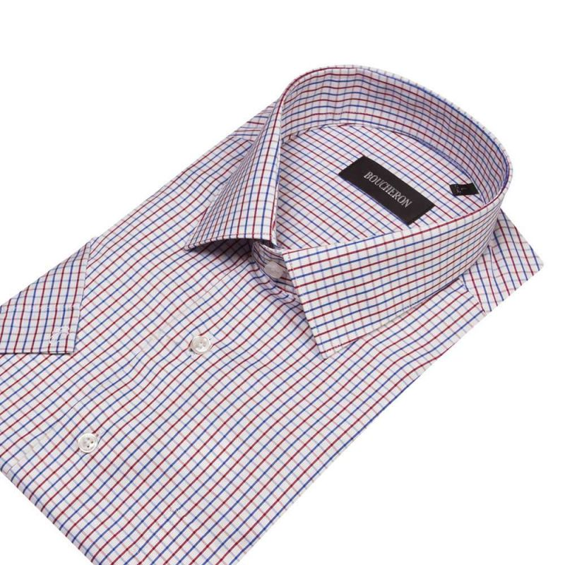 Рубашка белая в цветную клетку, с короткими рукавами, неприталенная