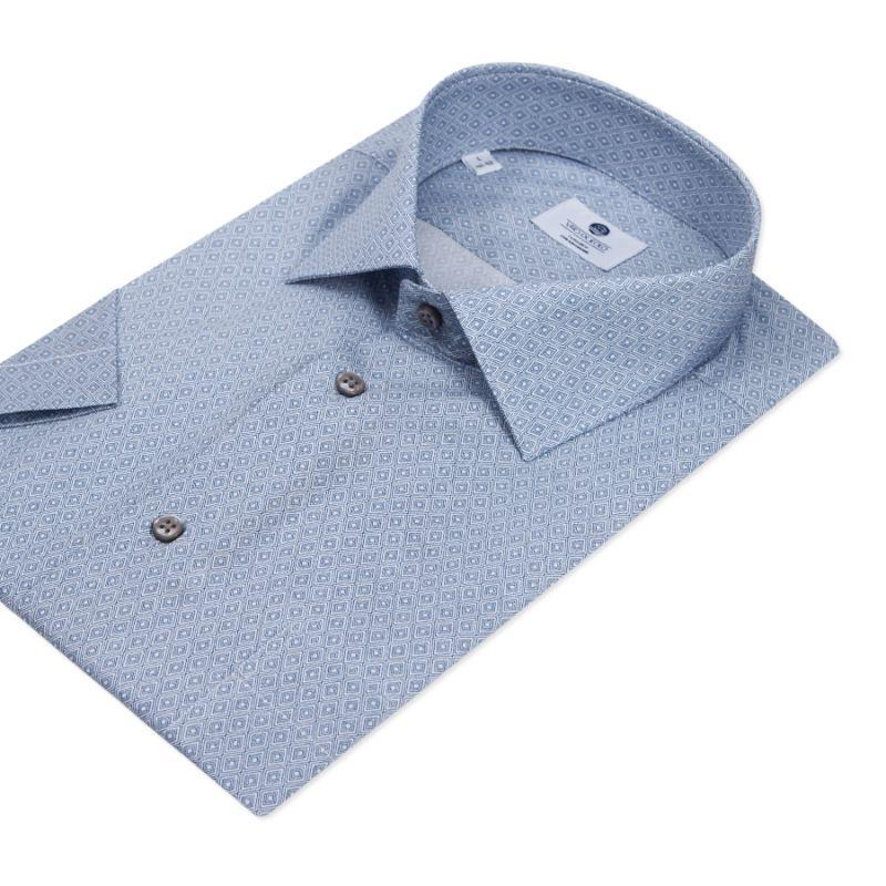 Голубая рубашка с короткими рукавами, неприталенная