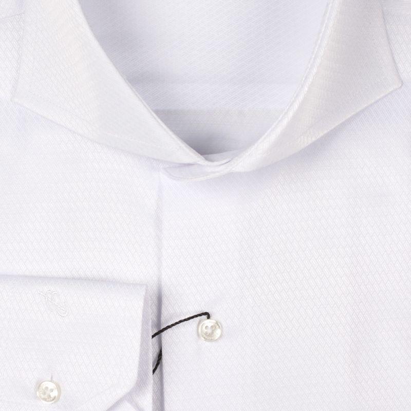 Рубашка белая однотонная с выделкой неприталенная