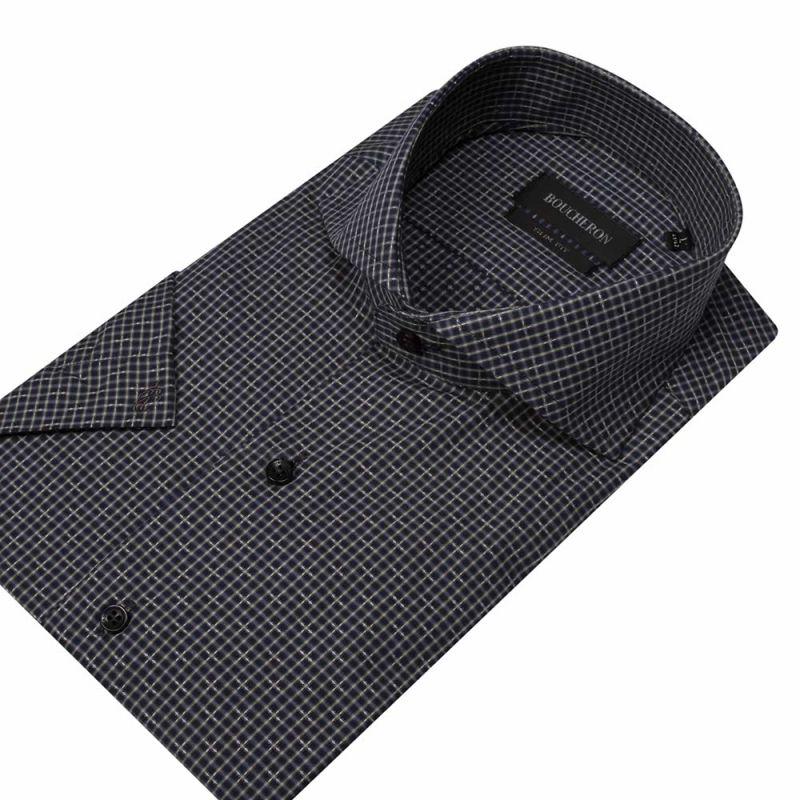 Рубашка серая в клетку с короткими рукавами, приталенная