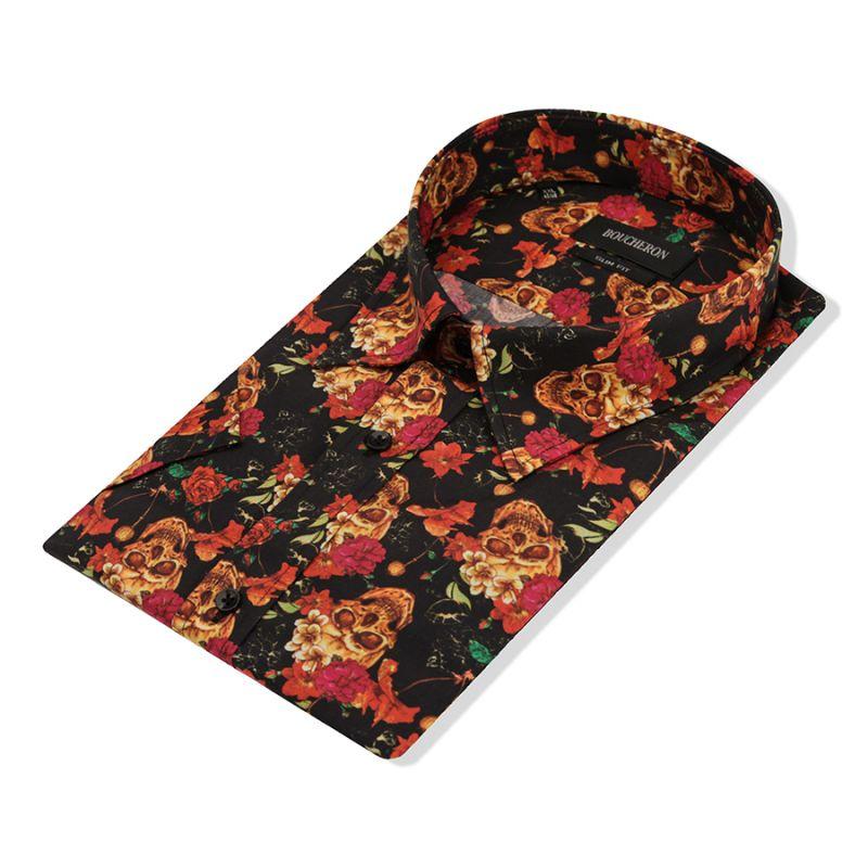 Чёрная рубашка с короткими рукавами, с черепами и розами, приталенная