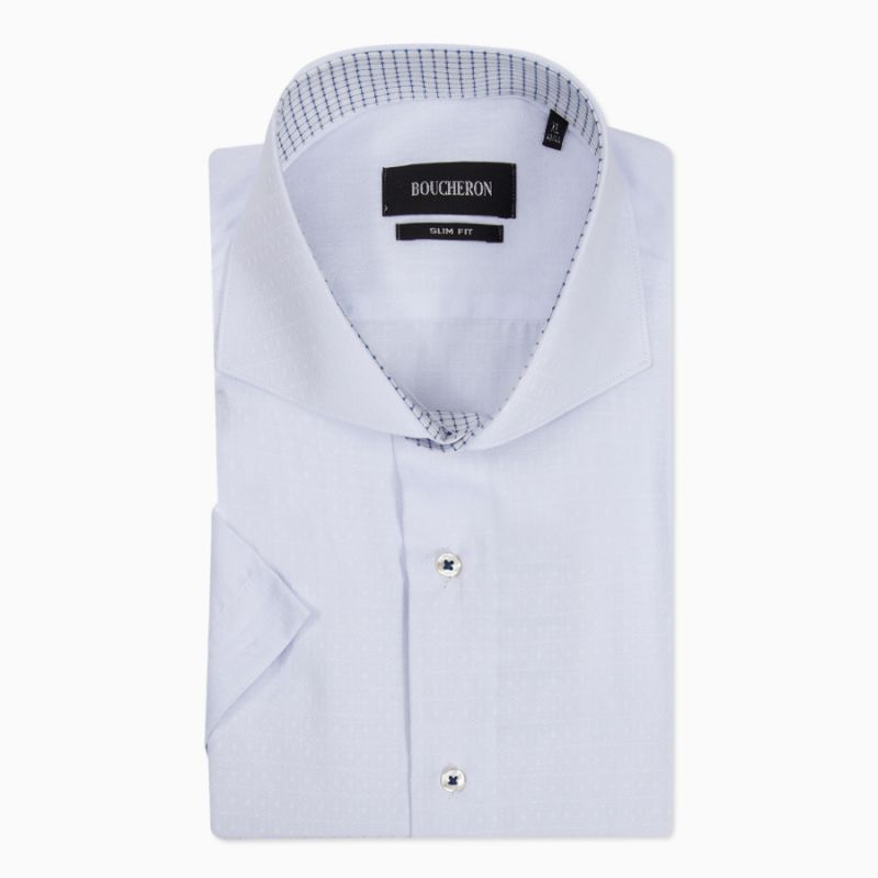 Рубашка белая с вставкой, с короткими рукавами, приталенная