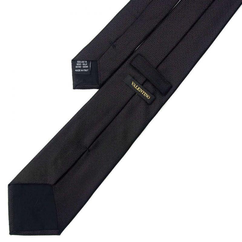 Чёрный шёлковый галстук Valentino