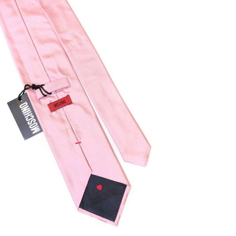 Светло-розовый галстук с надписью Moschino
