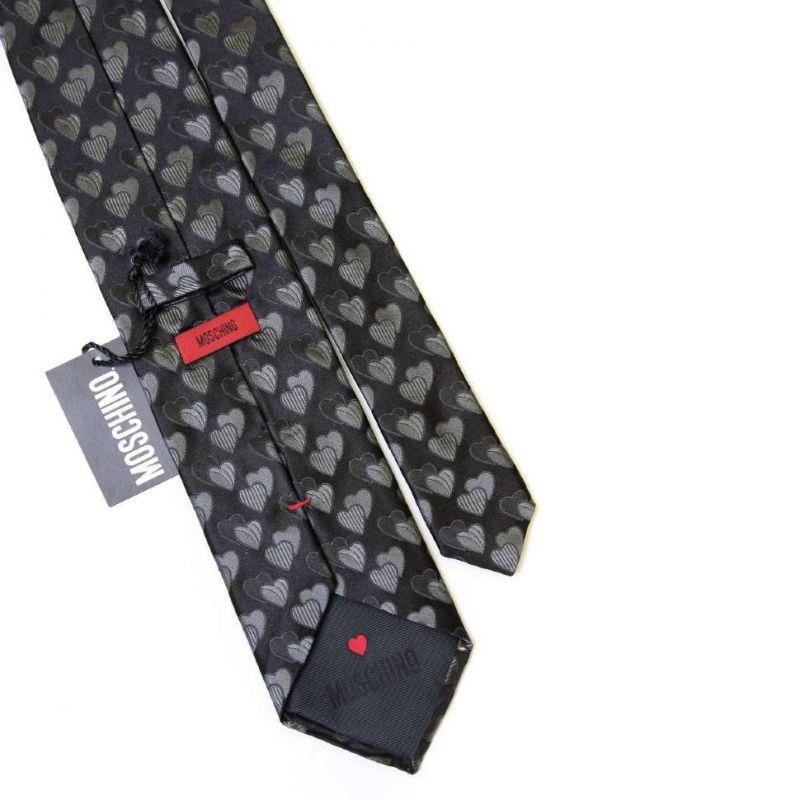 Чёрный шёлковый галстук Moschino с сердечками