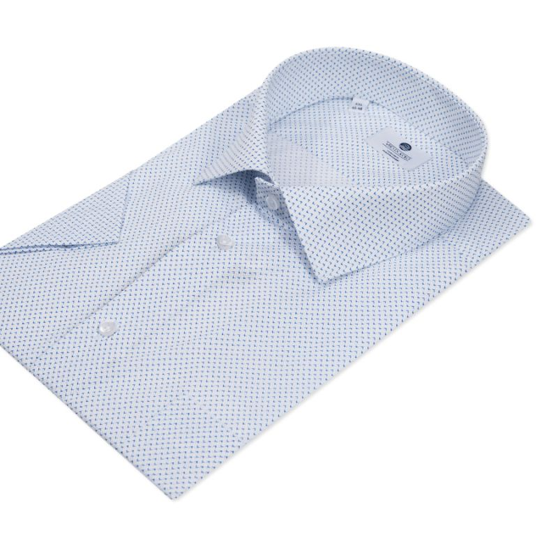 Рубашка светлая с мелким рисунком, неприталенная