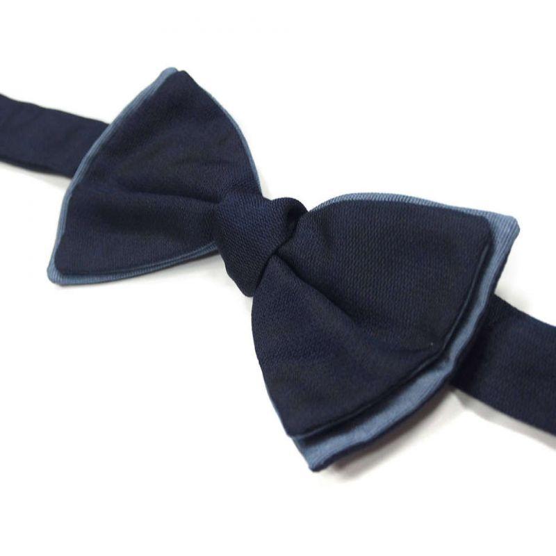 Синяя бабочка Valentino однотонная