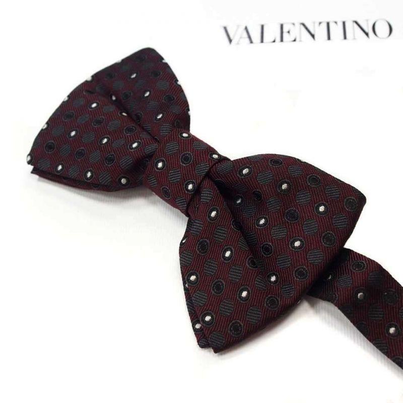Бордовая бабочка Valentino в горошек